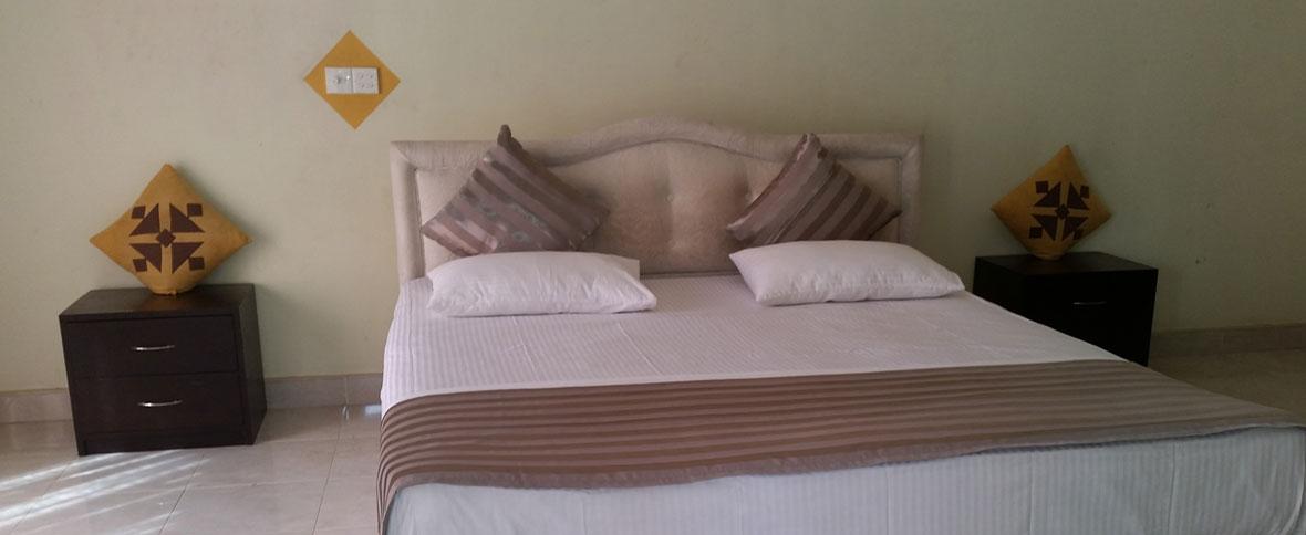 02-suite-room